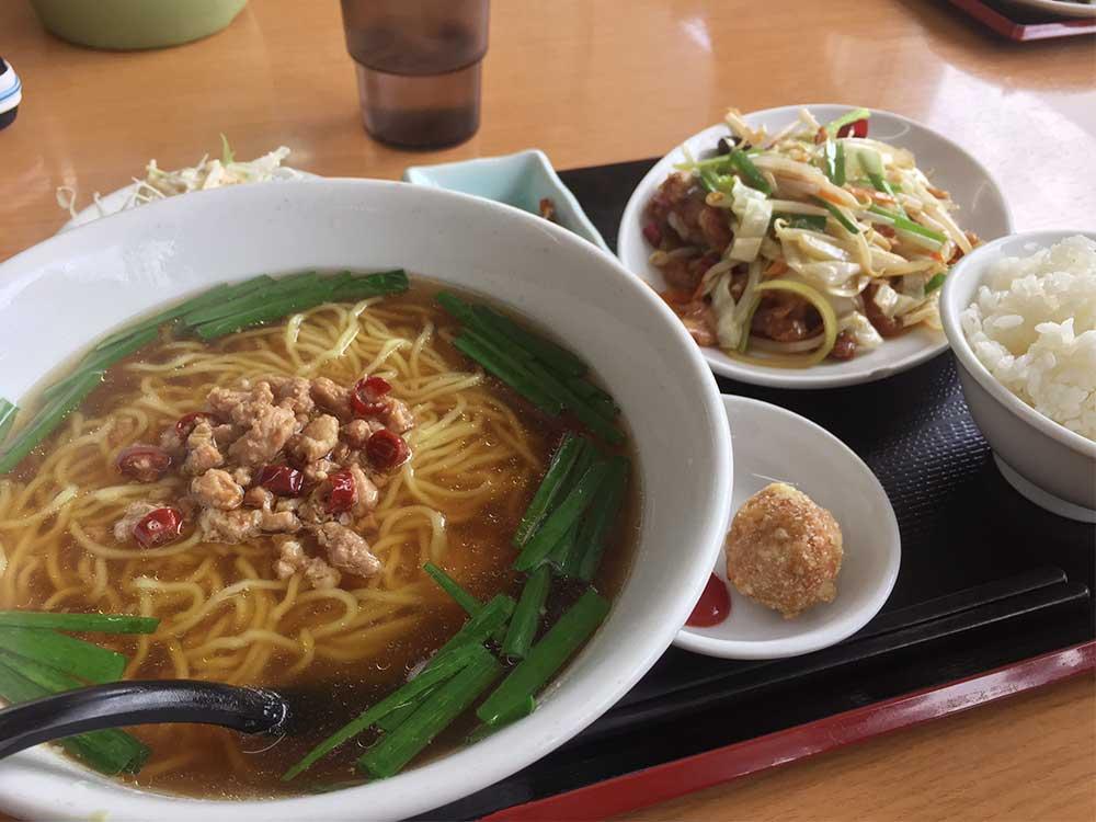 中華料理 萬盛